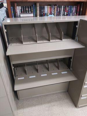 Filing cabinet for Sale in Pompano Beach, FL