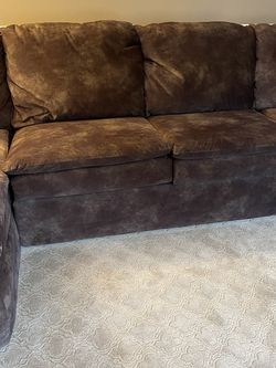Brown Sofa Sectional Excellent Condition for Sale in Bowie,  MD