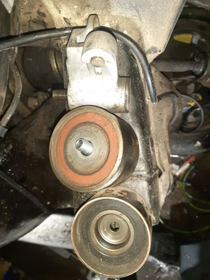 timing belt tensioner for Toyota sequoia 2007 for Sale in Phoenix, AZ