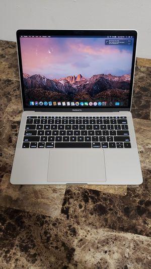 Macbook Pro 2017 13inch Retina for Sale in Miami, FL