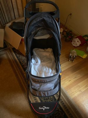 Gen7Pets dog stroller for Sale in Lutherville-Timonium, MD