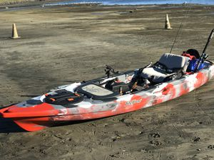 Feelfree Lure 13.5 FISHING KAYAK for Sale in Morgan Hill, CA