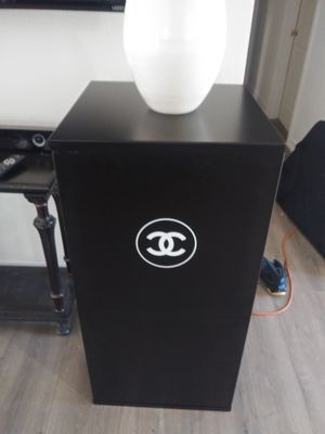 Chanel display with case for Sale in Fullerton, CA