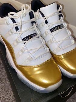 AIR JORDAN 11 RETRO (GS) *GOLD* for Sale in College Park,  GA