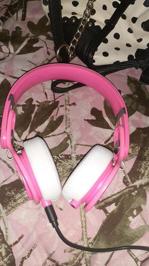 Beats by Dre mixr over ear headphones for Sale in Bakersfield, CA