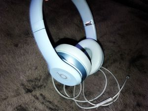 Beat solos wired on headphones for Sale in Phoenix, AZ
