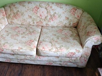 Small Couch Bed for Sale in Stockbridge,  GA
