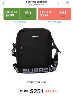 Supreme shoulder bag ss18 for Sale in Fresno, CA