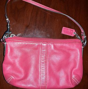 Small authentic Coach purse/leather for Sale in Greenwood, IN