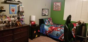 Twin bedroom set for Sale in Beaumont, CA