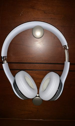 Beats Solo 3 Wireless for Sale in Flat Rock, MI