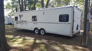 2005 forest river work and play travel trailer/ toy hauler for Sale in Brandon, FL