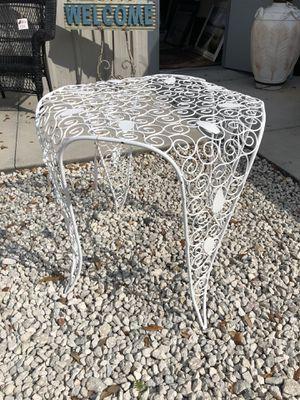 White Metal Table for Sale in Winter Garden, FL
