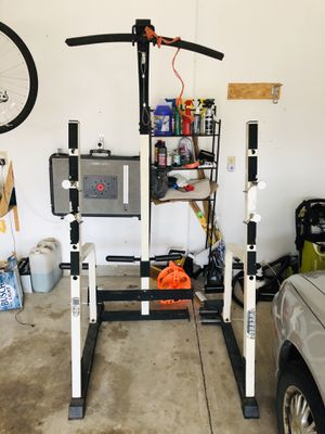 Squat Rack- Very sturdy for Sale in Lewis Center, OH