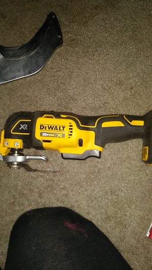DEWALT 20-Volt MAX Cordless Brushless Oscillating Tool (Tool Only for Sale in Bonney Lake, WA