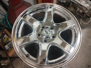 17 inch chrome jeep liberty wheels for Sale in Snohomish, WA