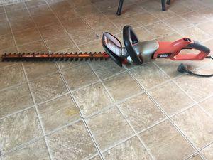 "24""inch Electric Black & Decker Hedge Trimmer (Read Description) for Sale in Phoenix, AZ"
