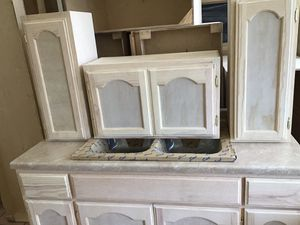 Kitchen set CABINETS 5ft for Sale in Hawthorne, CA
