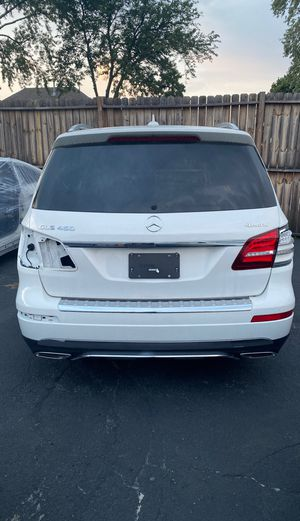 17-19 Mercedes gls 450 parts quoter panel parting out for Sale in Franklin Park, IL