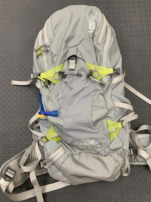 Multiday hiking backpack with hydration pack included for Sale in Los Alamitos, CA