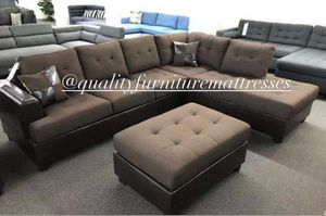 Sectional sofa set with ottoman for Sale in Cabazon, CA