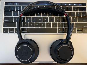 Plantronics Voyager Focus headphones Bluetooth Wireless On-Ear Headset - Noise-Canceling for Sale in Palos Verdes Estates, CA