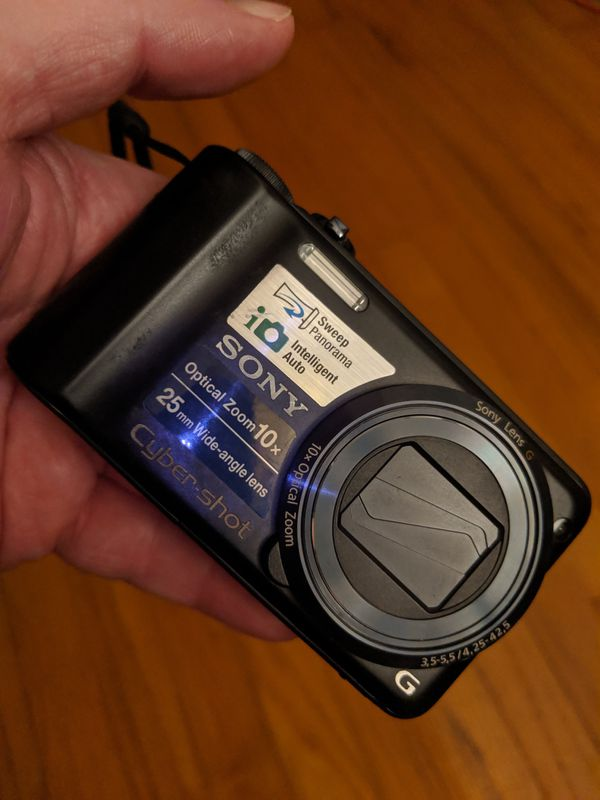 14.1 Megapixel Sony Digital Camera - 2 batteries and charger
