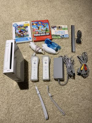 Nintendo Wii with Super Mario Bros, Mario Tennis and Wii Sports for Sale in HOFFMAN EST, IL