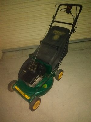 Lawn Mower for Sale in Moreno Valley, CA