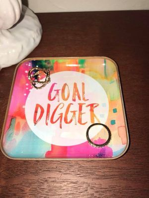 ✨ Ring Dish ✨ Selling this cute and inspirational ring dish! It's medium size; it's good for any type of jewelry. It will good on your work desk or for Sale in Washington, DC