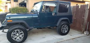 95 JEEP WRANGLER YJ for Sale in Shafter, CA
