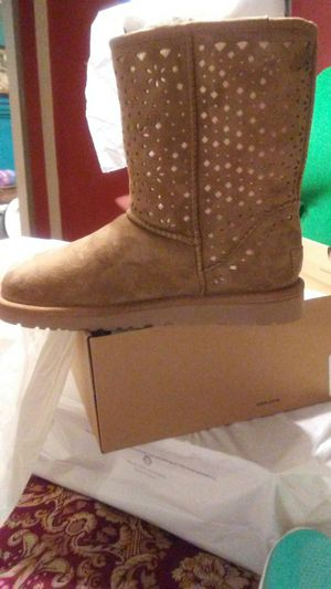 Uggs boots authentic still in the box size 8 for Sale in Nashville, TN