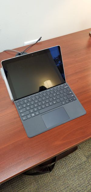 Mint condition 6th edition Microsoft Surface Go LTE 8 GB RAM 128 GB SSD for Sale in Westborough, MA