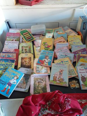 Kids Books, Kitchen Appliances, Hats, Socks, Kids Clothes for Sale in St. Petersburg, FL