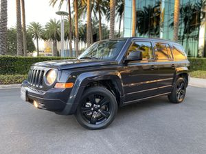 2015 Jeep Patriot Altitude 4 Cylinder Gas Saver - CLEAN TITLE! for Sale in Costa Mesa, CA