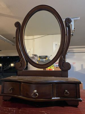 Dresser Top Mirror for Sale in Oregon City, OR