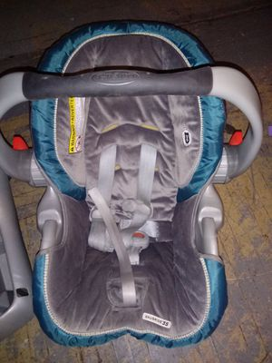 baby car seat for Sale in Buffalo, NY