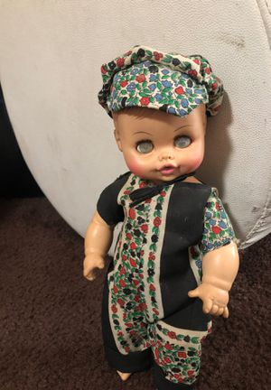 Antique doll. for Sale in Los Angeles, CA