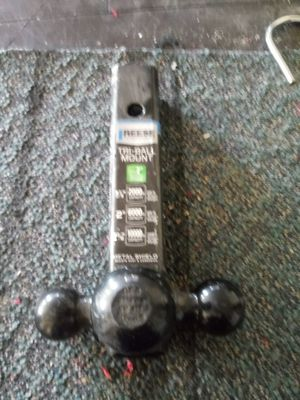 Reese tri ball tow mount for Sale in Hemet, CA