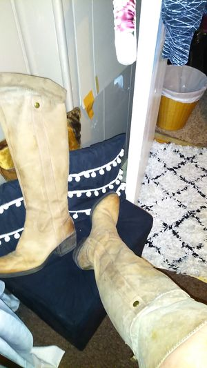 Lady's fashion Boots. for Sale in Rossville, GA