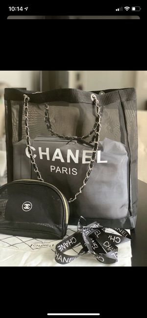 Chanel mesh tote with make up bag New! Comes with Dust bag & papers for Sale in Las Vegas, NV