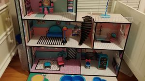 Lol doll house used for Sale in Dearborn, MI