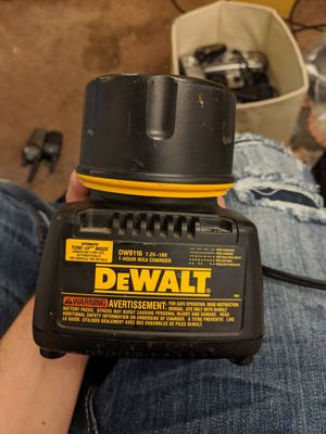 18v DeWalt XRP entended run battery and charger for Sale in Missoula, MT