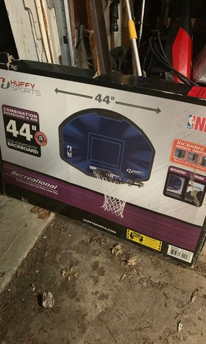 Never opened basketball hoop for Sale in Indianapolis, IN