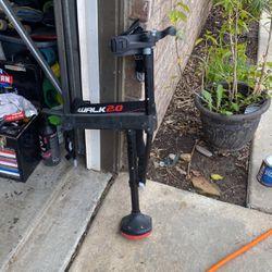 iWalk 2.0 Knee Crutch for Sale in Temecula,  CA
