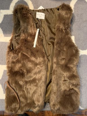 Faux fur vest women's medium brown for Sale in Pasadena, CA
