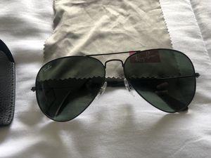 Ray Ban Sunglasses Aviator RB3025 Black 58 for Sale in San Antonio, TX