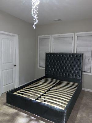 Queen Rich Velvet Bed for Sale in Atlanta, GA