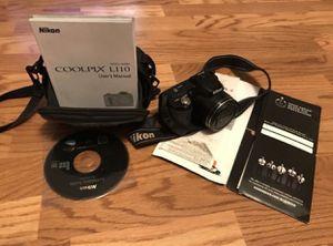 Nikon professional digital camera like new for Sale in Dearborn, MI