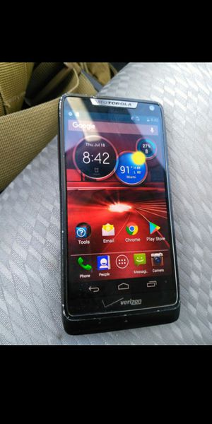 Moto RAZR M unlock for Sale in Miami, FL